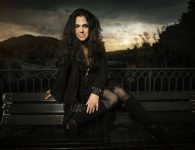 SARI SCHORR – NEVER SAY NEVER